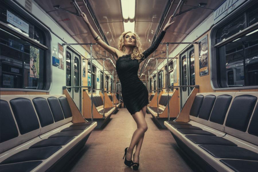 как познакомиться в метро
