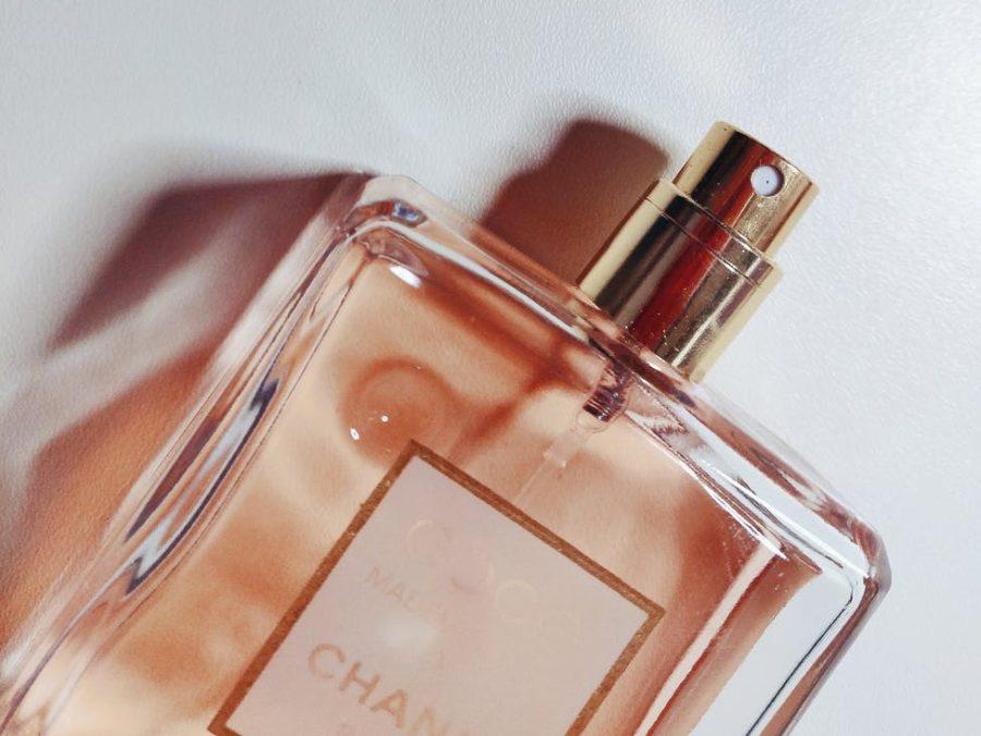 Сексуальный женский парфюм