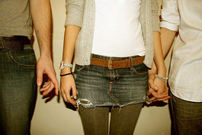 как быть с любовью к девушке друга