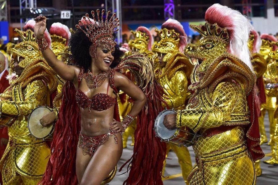 на карнавал с папиком