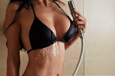 Мастурбация душем: как доставить себе «влажное» удовольствие
