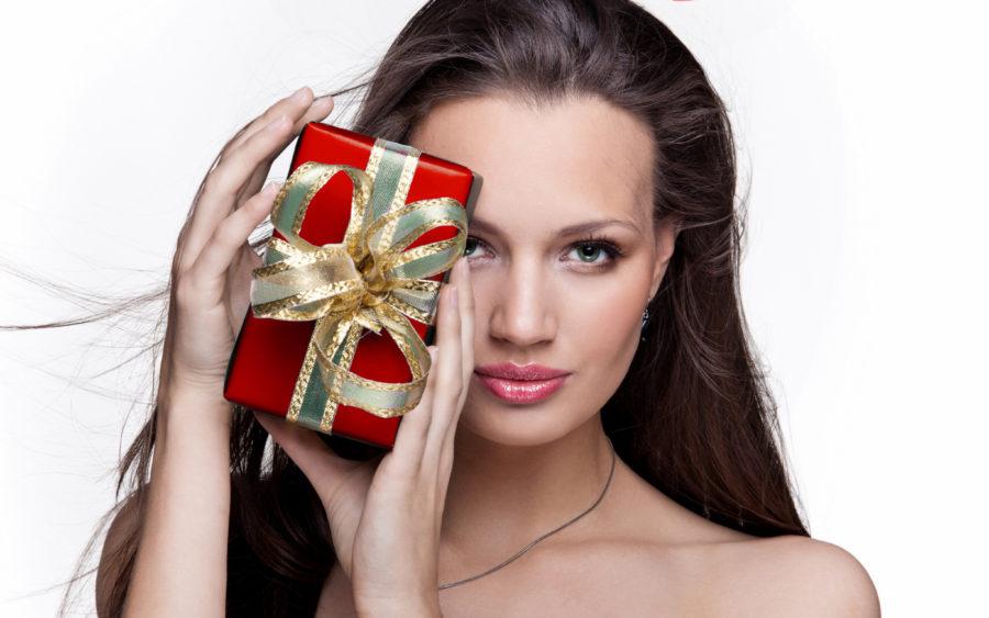 девушки и дорогие подарки