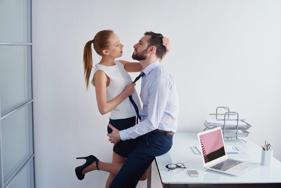 Хочу девушку на работе
