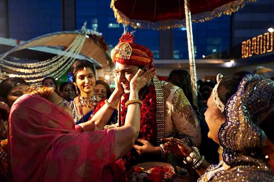 Как девушки выходят замуж в Индии