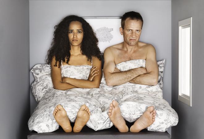 неудобно спать вместе