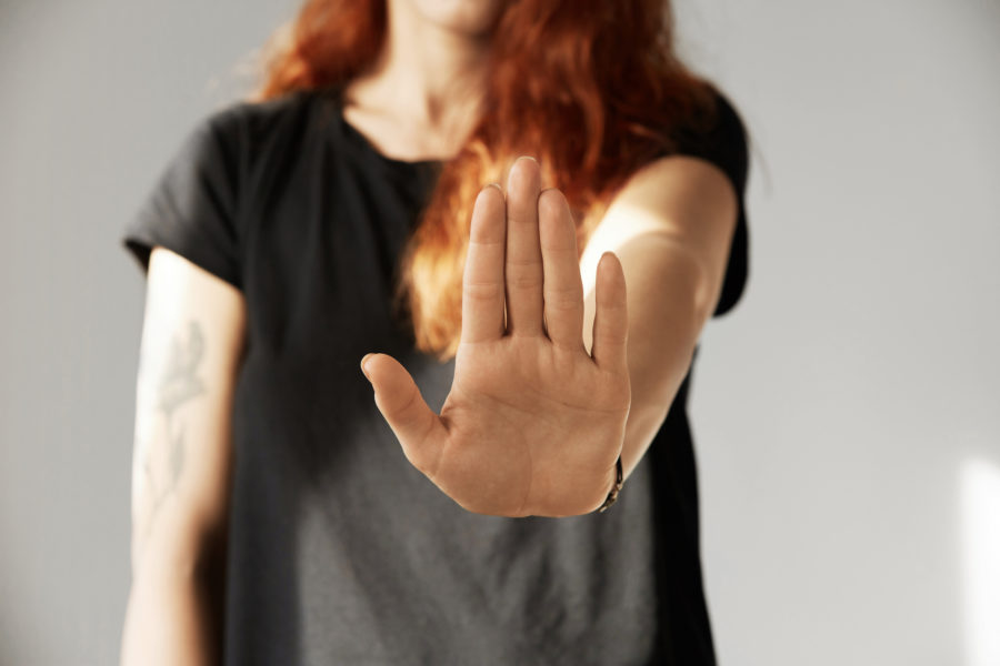 о психологическом насилии в абьюзивных отношениях