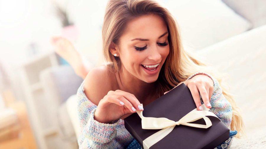 зачем дарить дорогие подарки