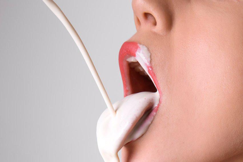 любят ли женщины глотать сперму