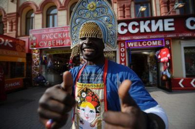 Как познакомиться с иностранцем и почему они любят русских женщин?