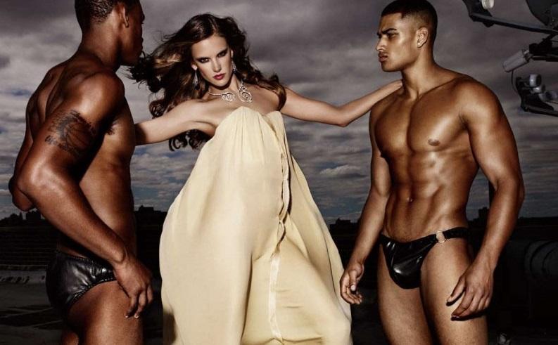 девушка и два парня