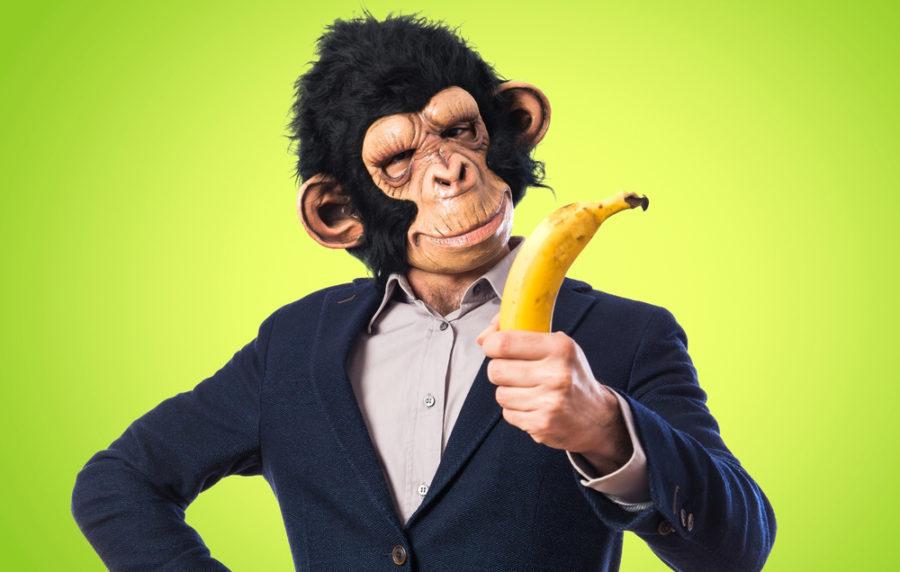 мужчина как обезьяна
