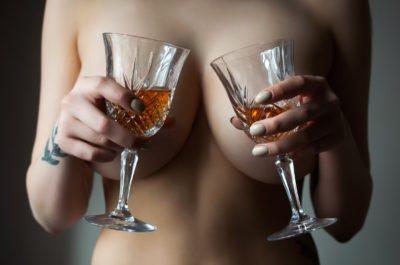 Несколько фактов о том, как алкоголь влияет на секс
