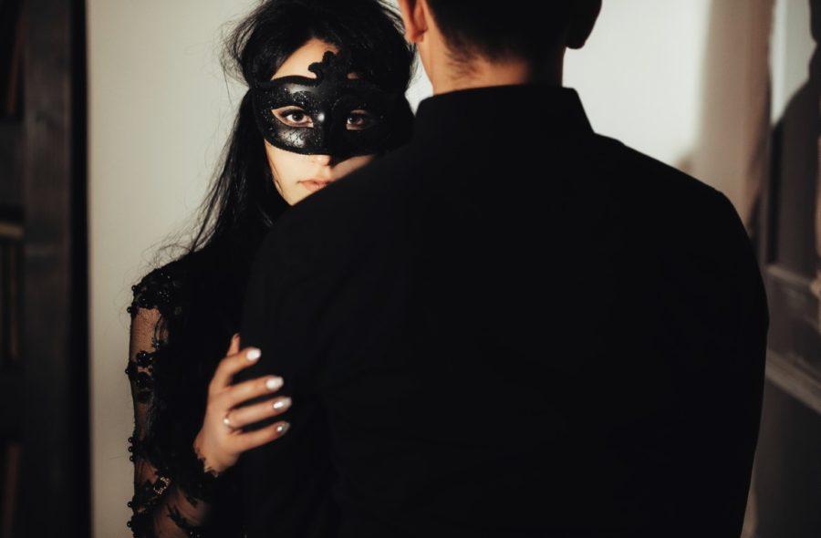 идеальная жена в черном