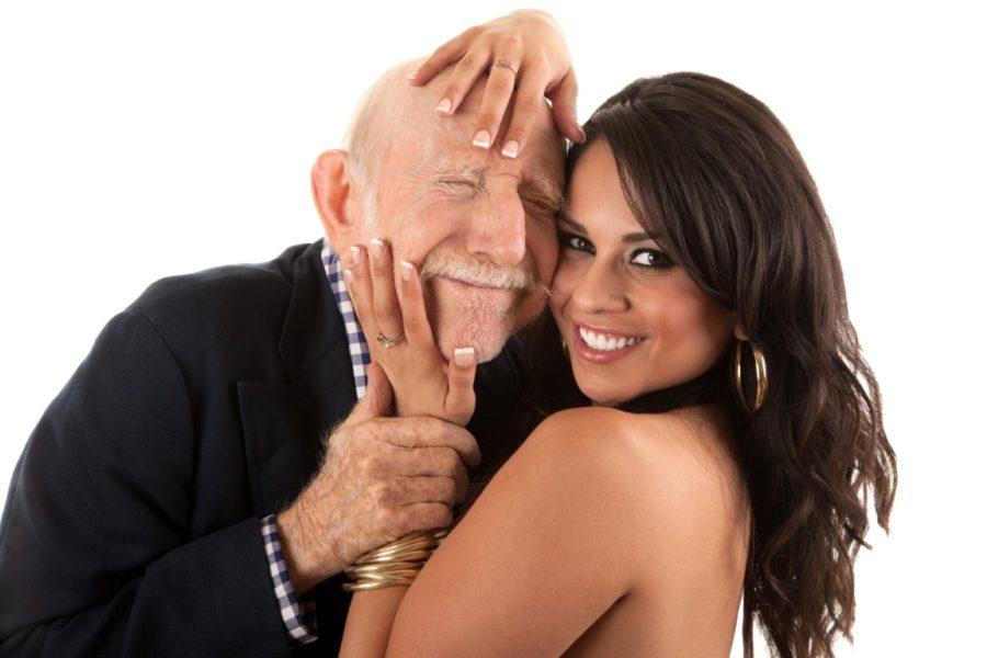 Почему женщины предпочитают мужчин постарше