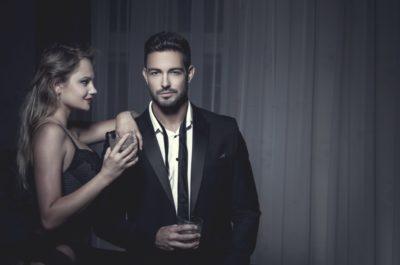 Как мужчины влюбляют в себя женщину