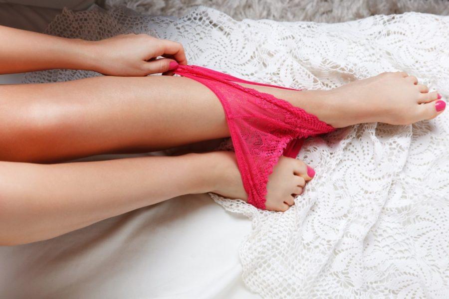 Как довести женщину до оргазма языком