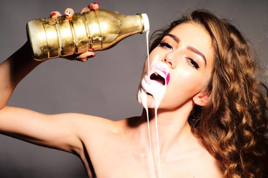 Почему мужчины любят кончать в рот