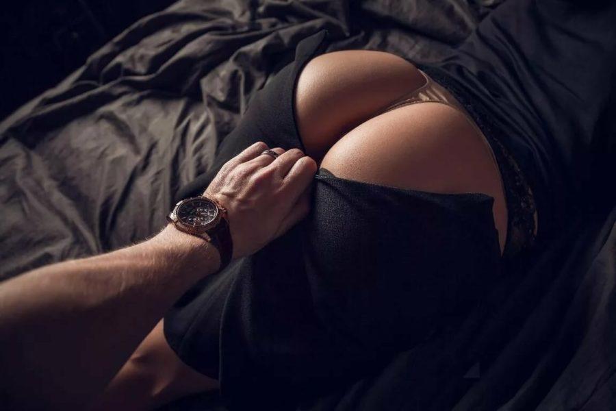 Секс сзади
