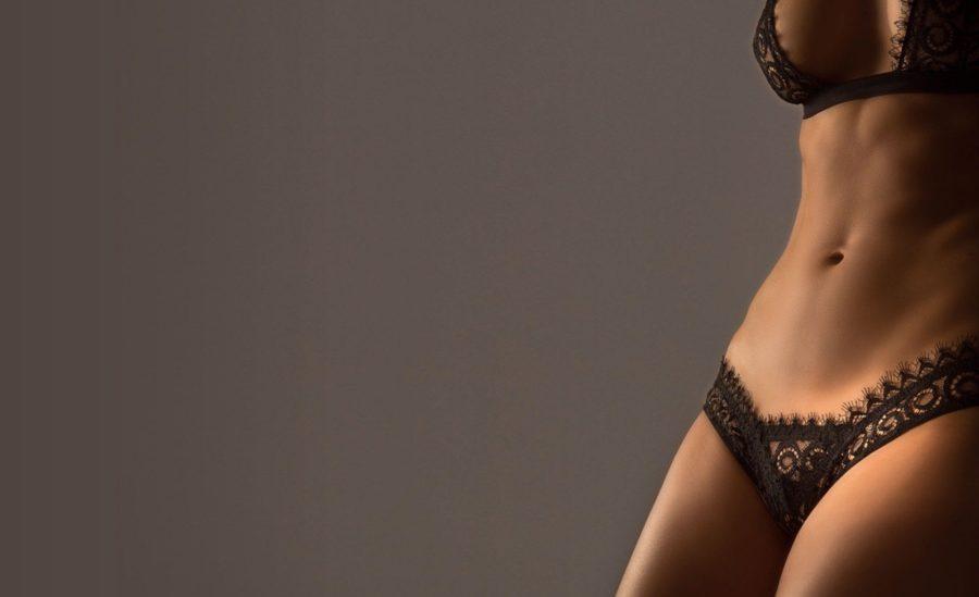 выполнение интимного массажа для женщины