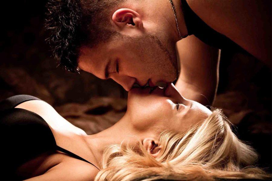 Акцент на поцелуи для возбуждения