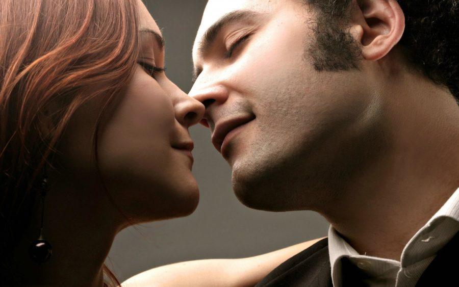 поцелуй девушки