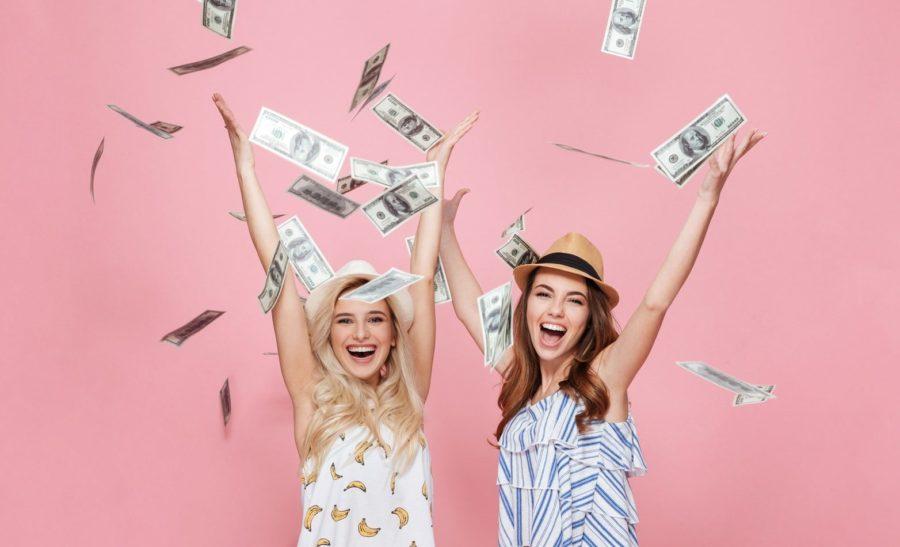 Почему женщины любят деньги