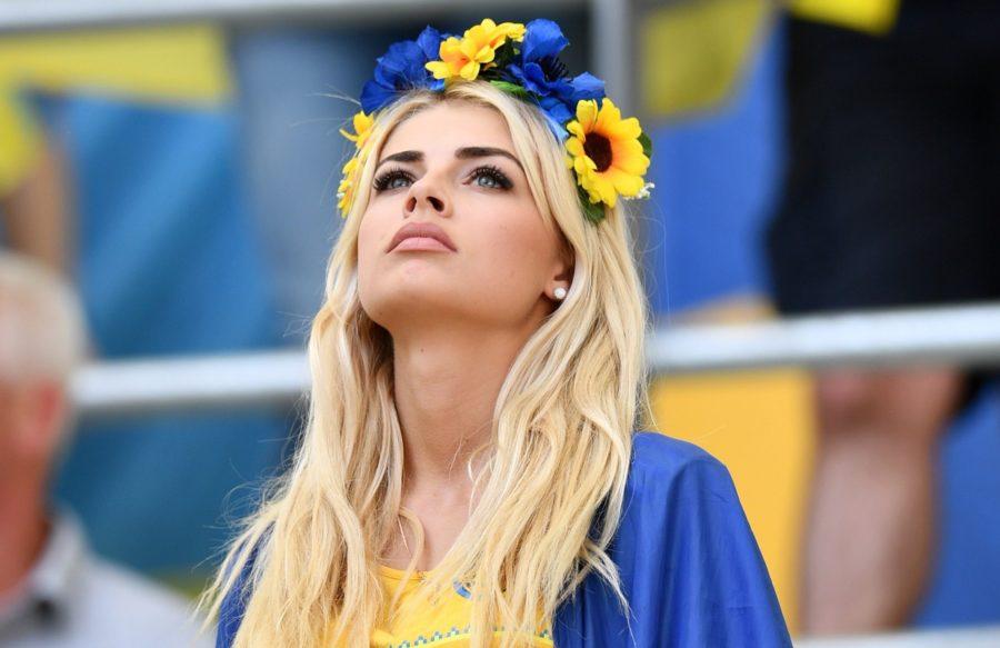 где найти самых красивых украинок