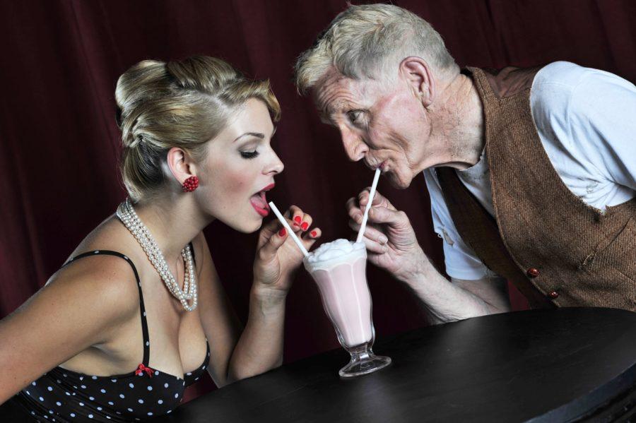 Как привлечь мужчину старше
