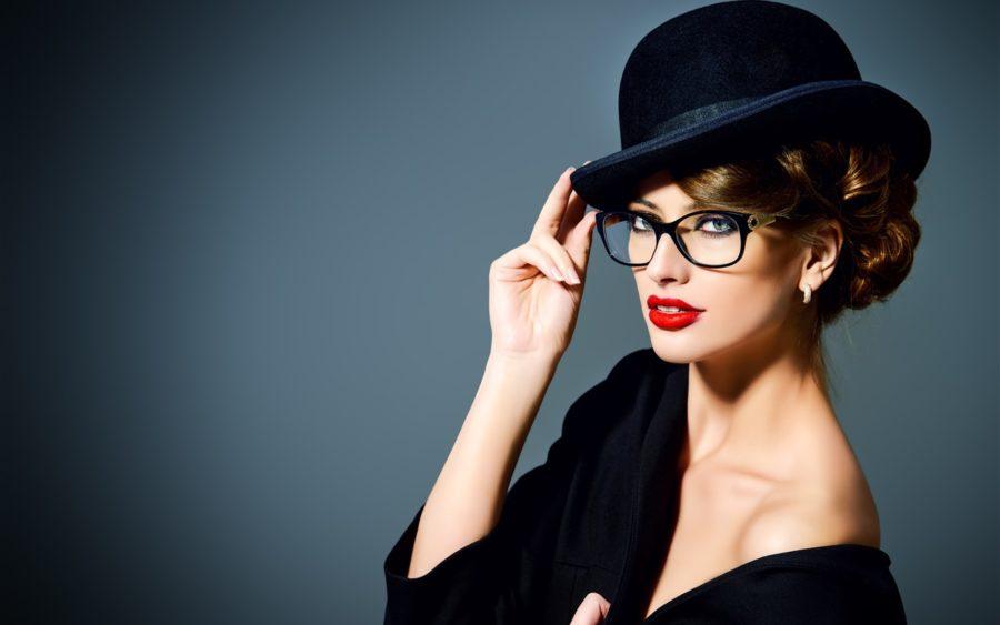 девушка в шляпке
