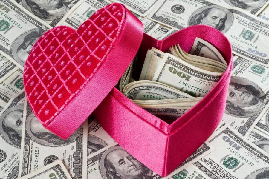 Что подарить своей девушке на день всех влюбленных
