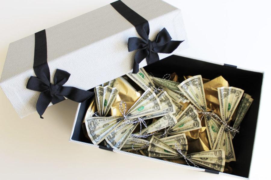 Деньги как подарок