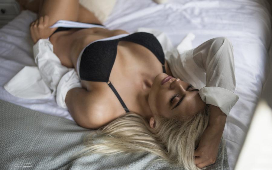 Как удовлетворить женщину в постели