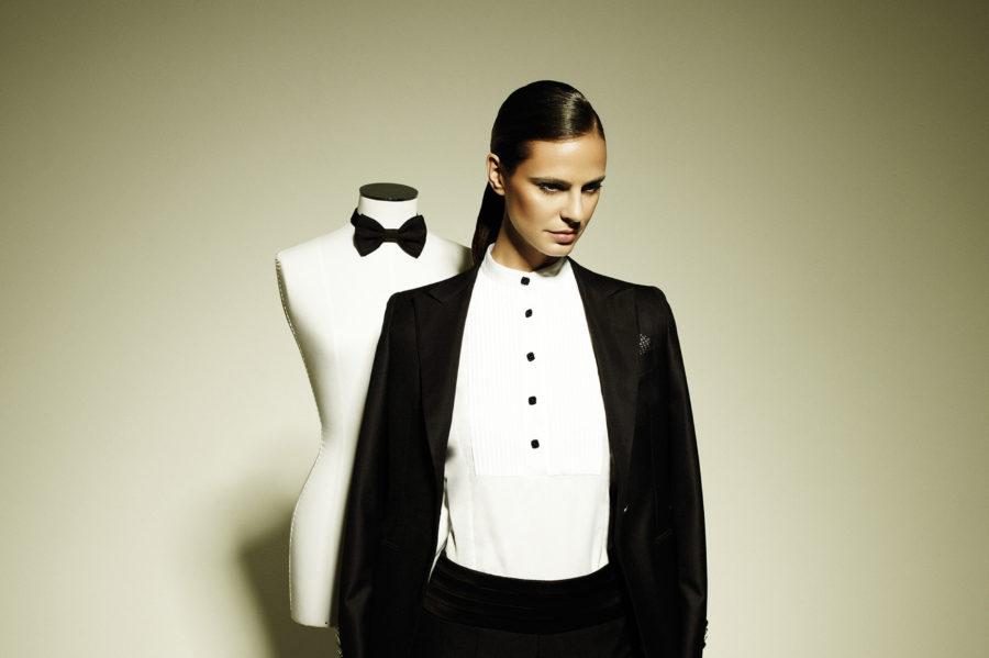 девушка в мужской одежде