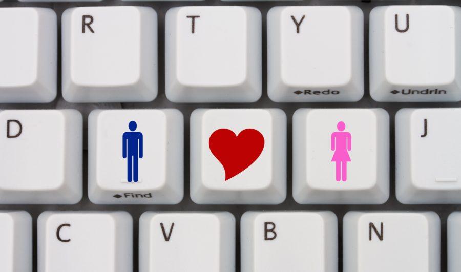 начать знакомство с девушкой в интернете