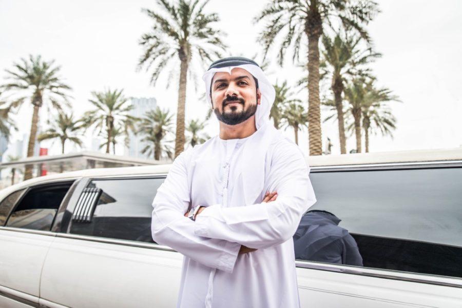 араб и лимузин