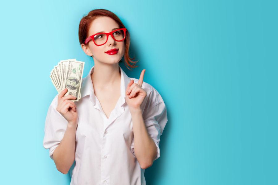женщина просит деньги