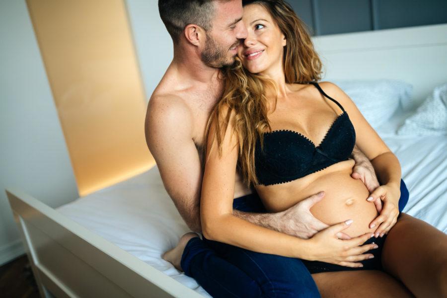 до какого срока беременным можно заниматься сексом