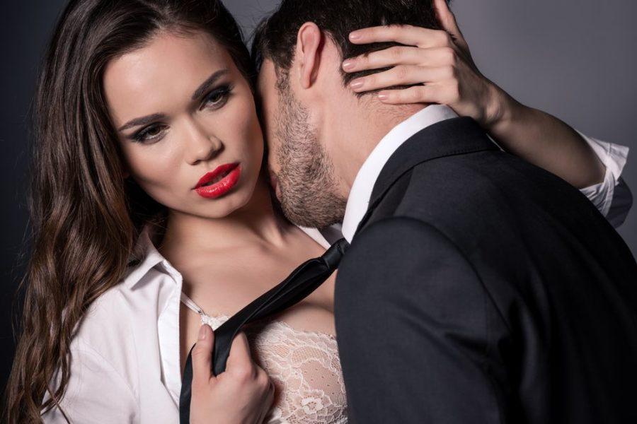 измена через сайт знакомств для женатых и замужних