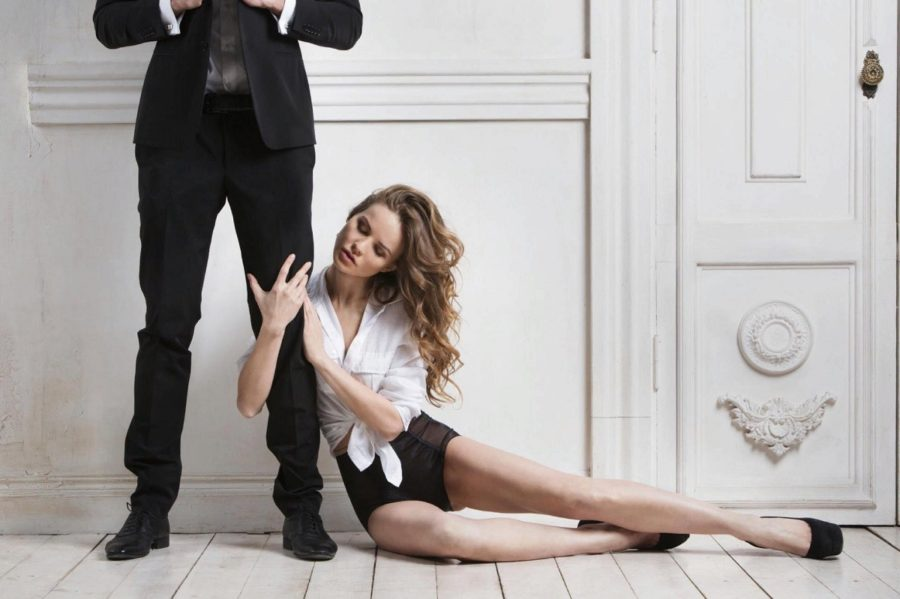 почему мужчина игнорирует девушку