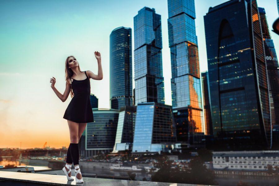 познакомиться с девушкой в Москве