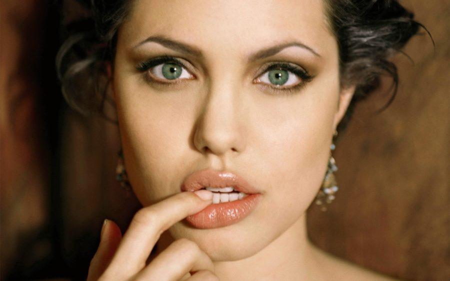 красивое лицо девушки