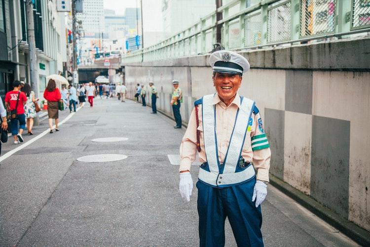 счастливый японец