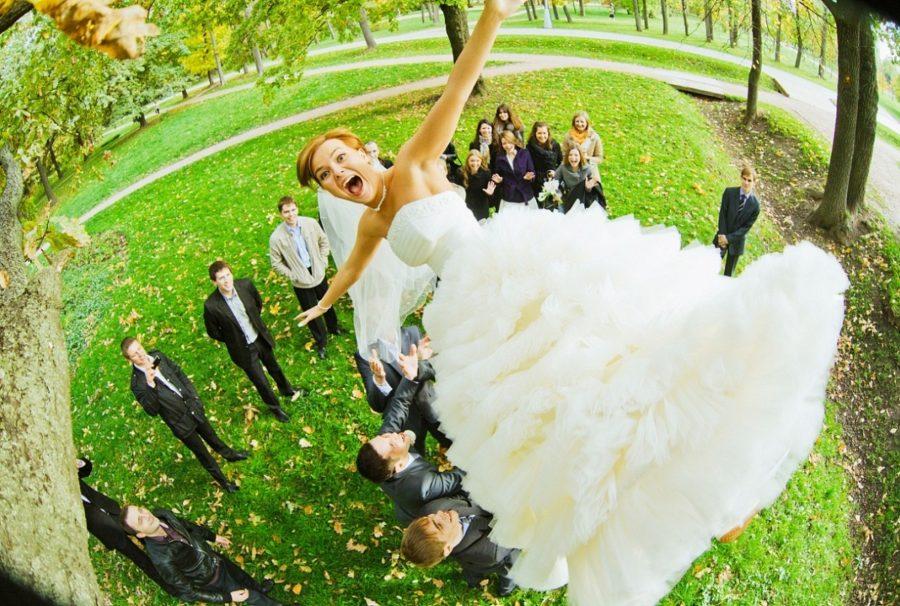 Выходить замуж нужно только по любви