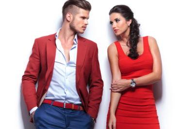 Роман между этажами: как правильно завязать знакомство в лифте