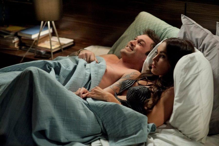пара в постели к/ф