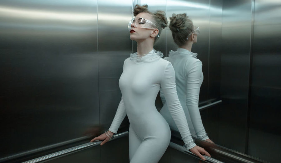 как правильно знакомиться в лифте