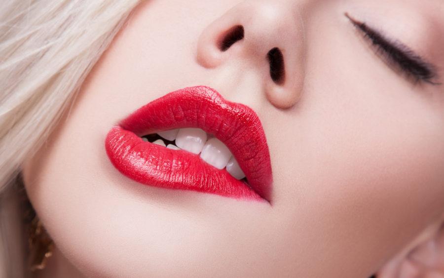 сексуальные женские губы