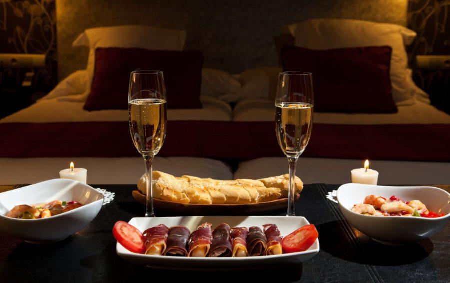 придумать романтический вечер дома