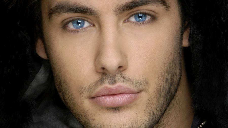 девушкам нравятся красивые глаза