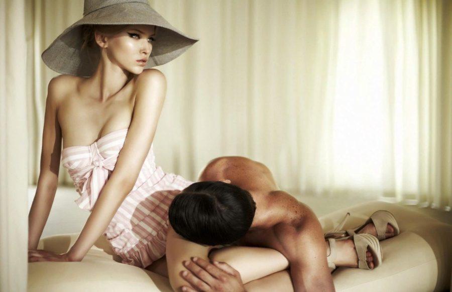 девушка и парень после ссоры